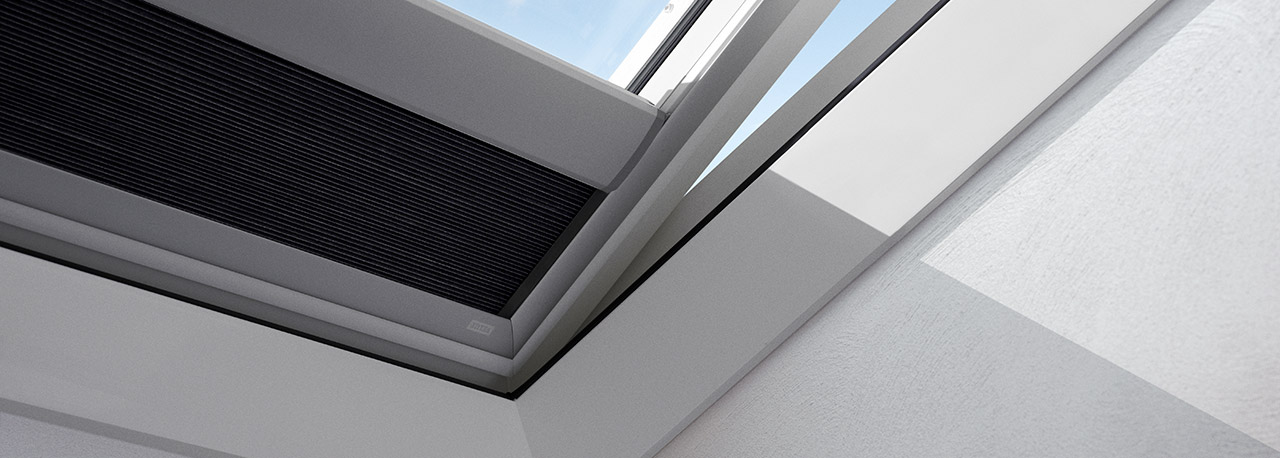 Velux light dimming blinds for flat roof window for Sun tunnel blackout shade