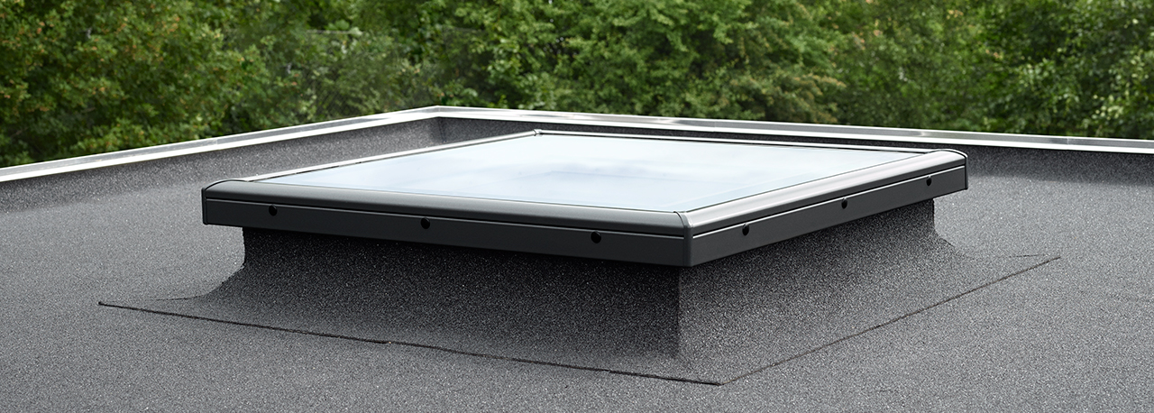 Velux flat roof windows light and fresh air in flat roof for Velux glass