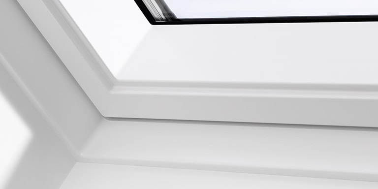 White finish ggu for Velux cladding kit
